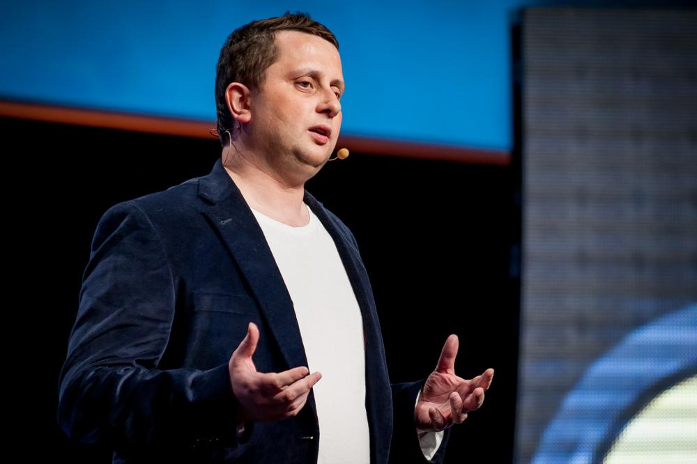 Octave Klaba, fondateur et CEO d'OVH, donne son point de vue sur la loi renseignement