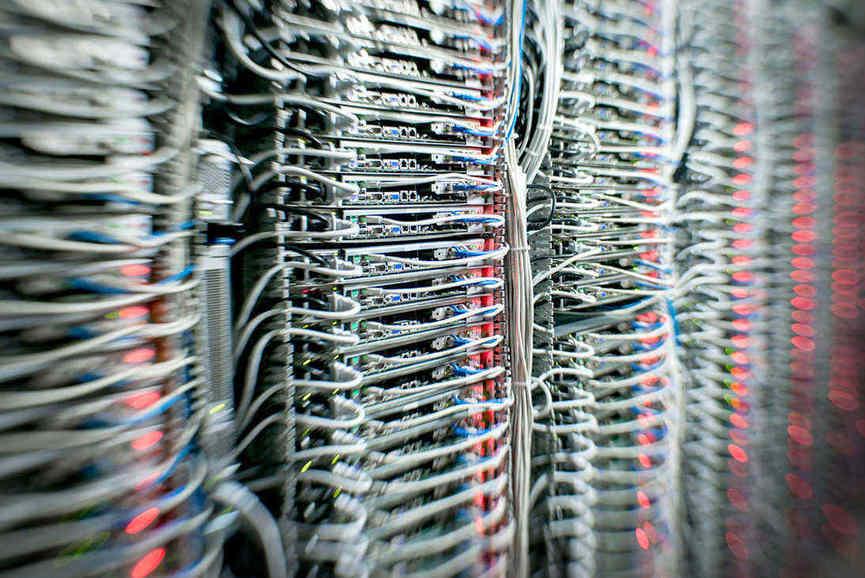 Les serveurs Infrastructure et Enterprise de la marque OVH.com.