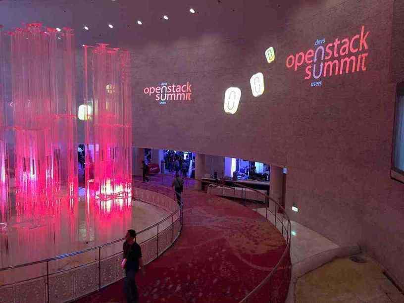 Plus de 5 000 personnes ont assisté à l'OpenStack Summit de Tokyo, originaires de 56 pays et 736 entreprises.