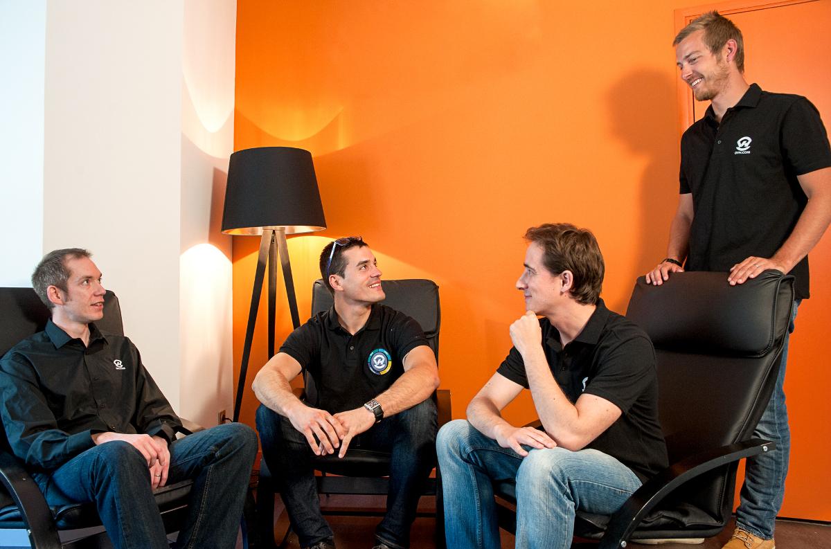 De gauche à droite : Lionel Fumery COO d'OVH, Yoann Sauron, Guillaume le Malet et Benjamin Fichel.