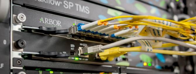 Tous les serveurs OVH bénéficient de la mitigation automatique des attaques DDoS en cas d'attaque