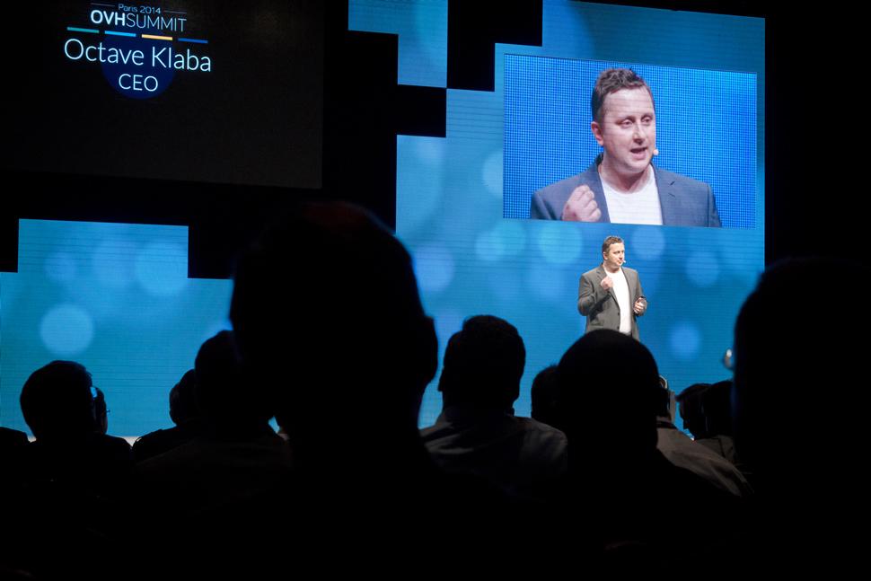 Octave Klaba, fondateur et directeur général d'OVH, a fait une trentaine d'annonces durant la matinée. Il a dévoilé les nouveautés à court terme ainsi que les projets pour l'année 2015.